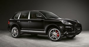 2008_Porsche_Cayenne_Turbo_side